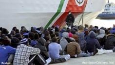 Musulmanes asesinan a 12 cristianos arrojándolos al mar